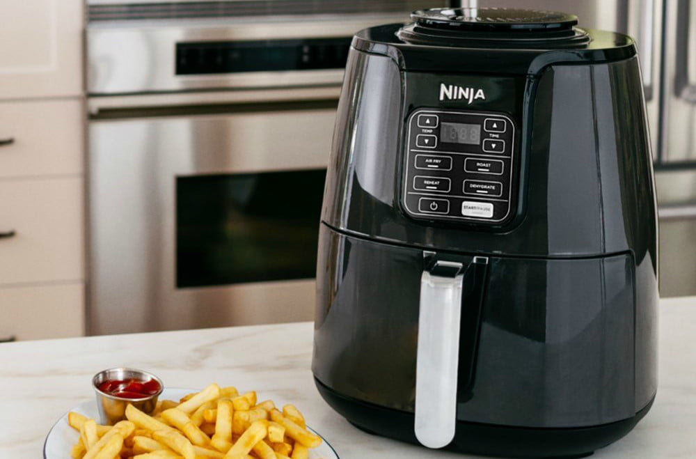 best buy drops air fryer prices from power ninja cuisinart and philips  4 qt digital