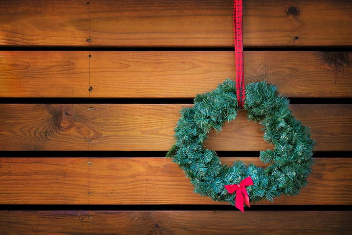 how to decorate for festivus chrismukkah and more nodenominational holiday decorations