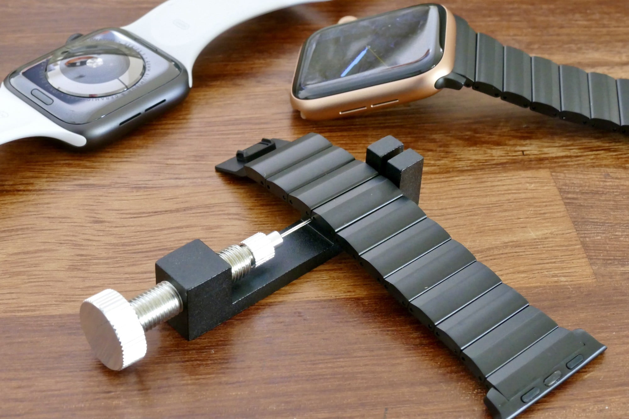 nomad titanium steel band apple watch hands on photos price release date adjustment tool