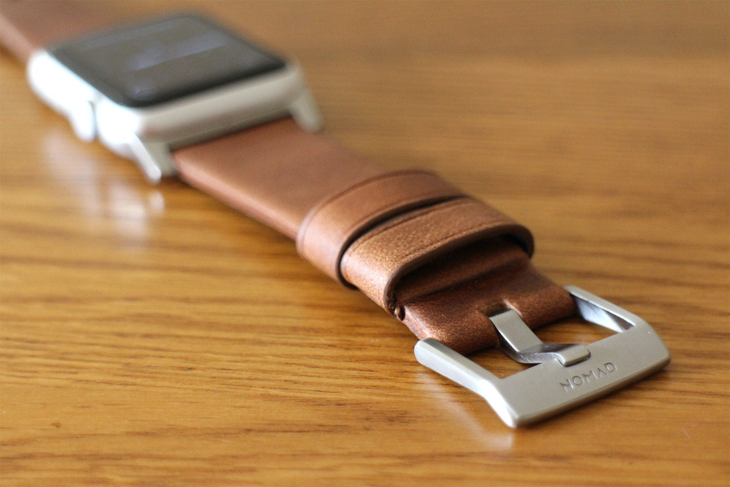 best Apple Watch bands Nomad Leather Strap buckle