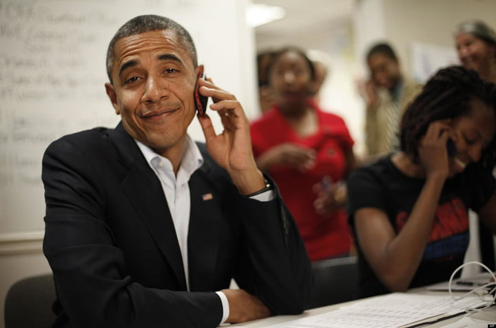barack obama personal twitter account news cell phone facebook