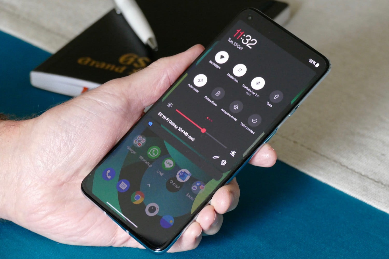 oneplus 8t review shade
