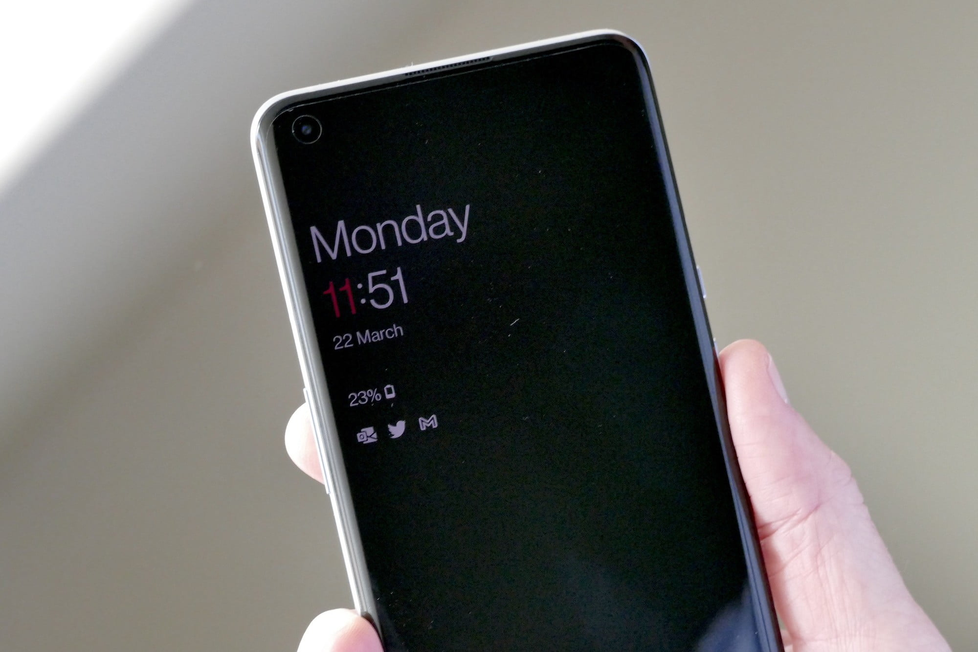 oneplus 9 pro review always on screen
