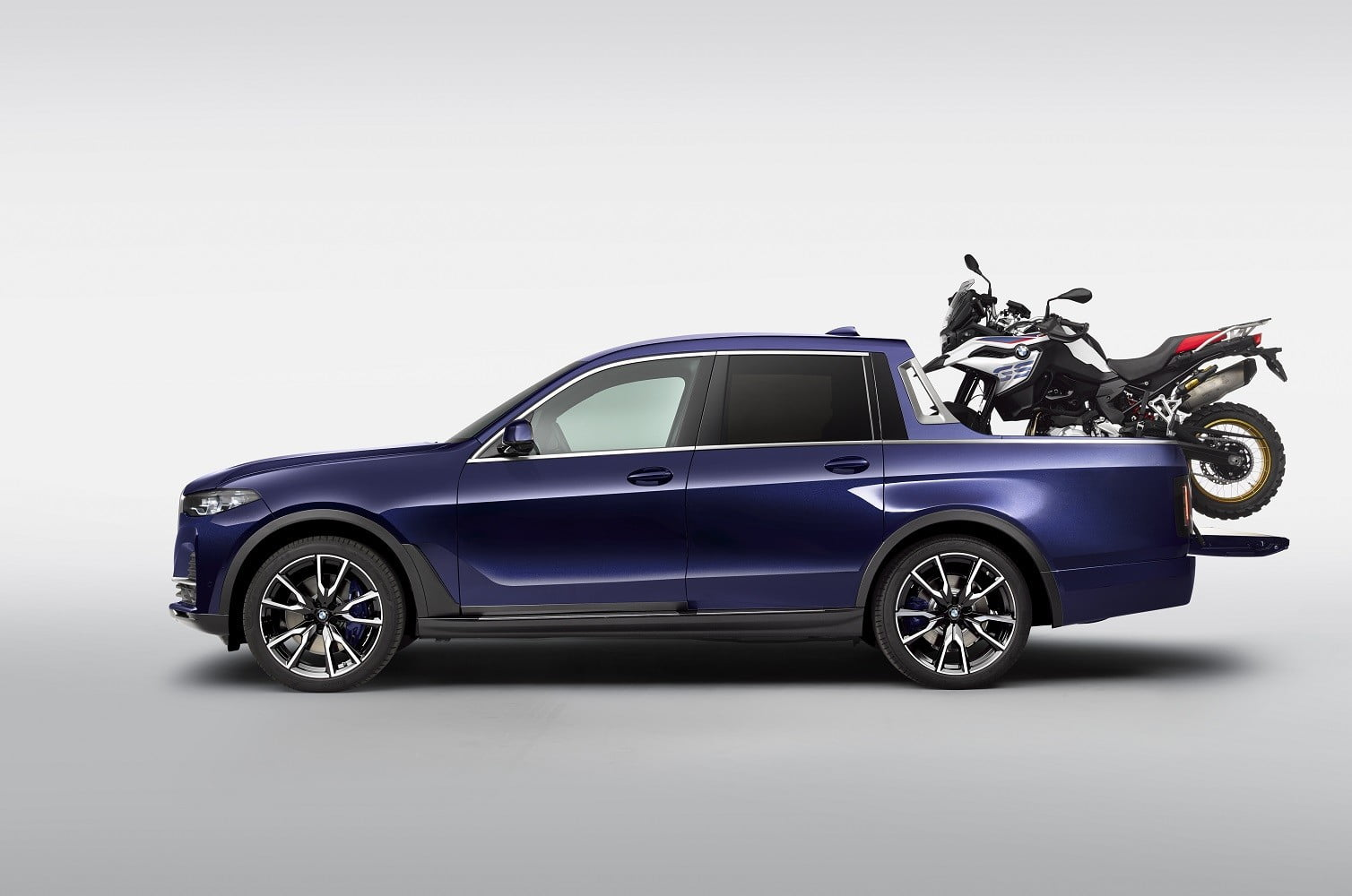 2019 bmw x7 pickup truck concept is perfect for hauling p90357108 highres the wi