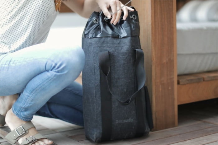 pacsafe dry collection 15l 4