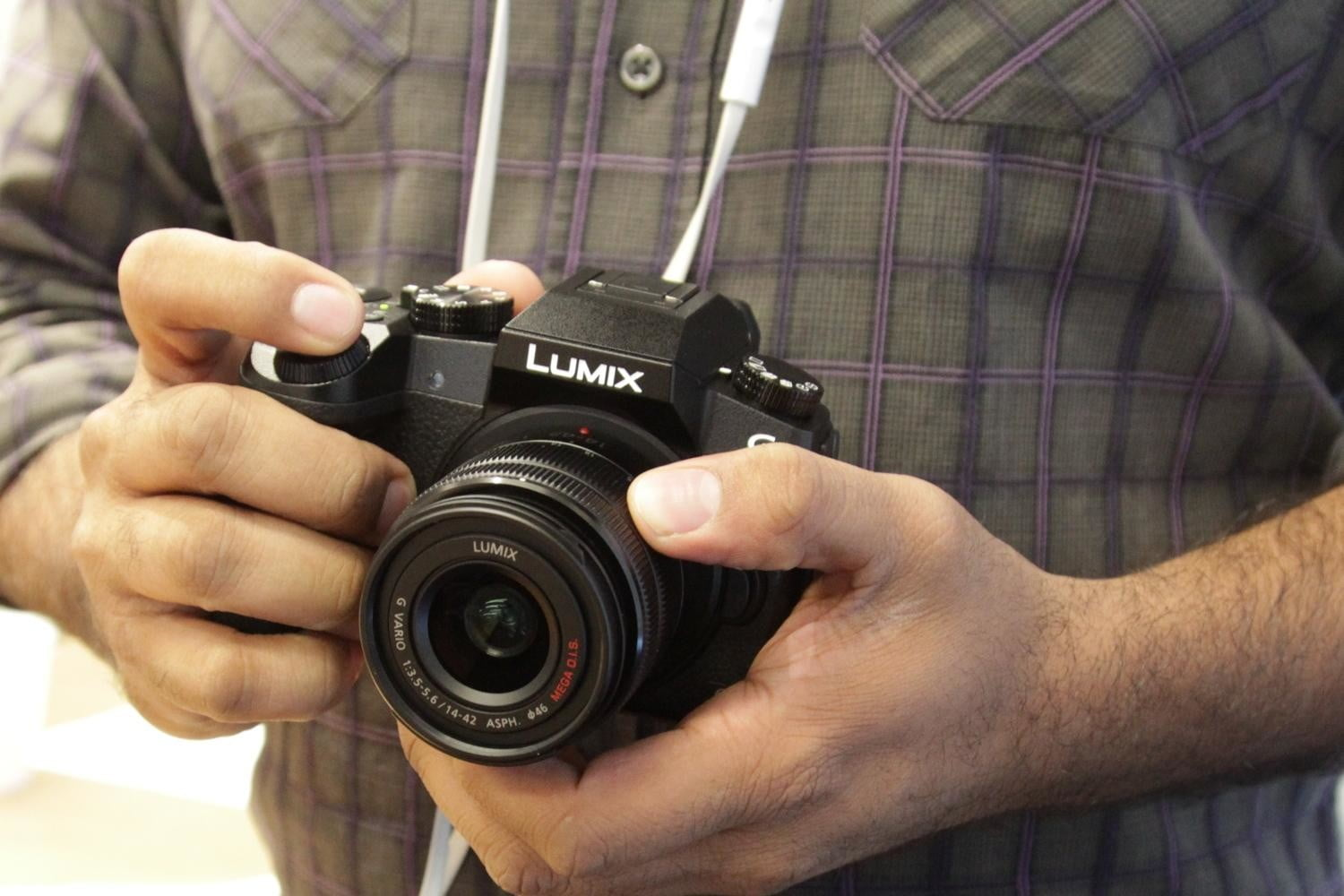 panasonic lumix g7 adds new 4k modes for never missing that shot 10