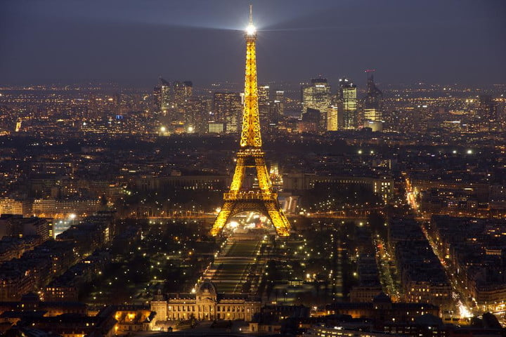 paris day without cars at night