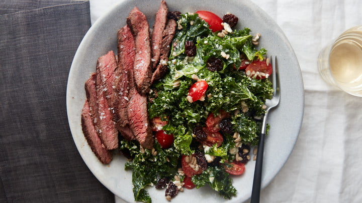 played meal steak spinach