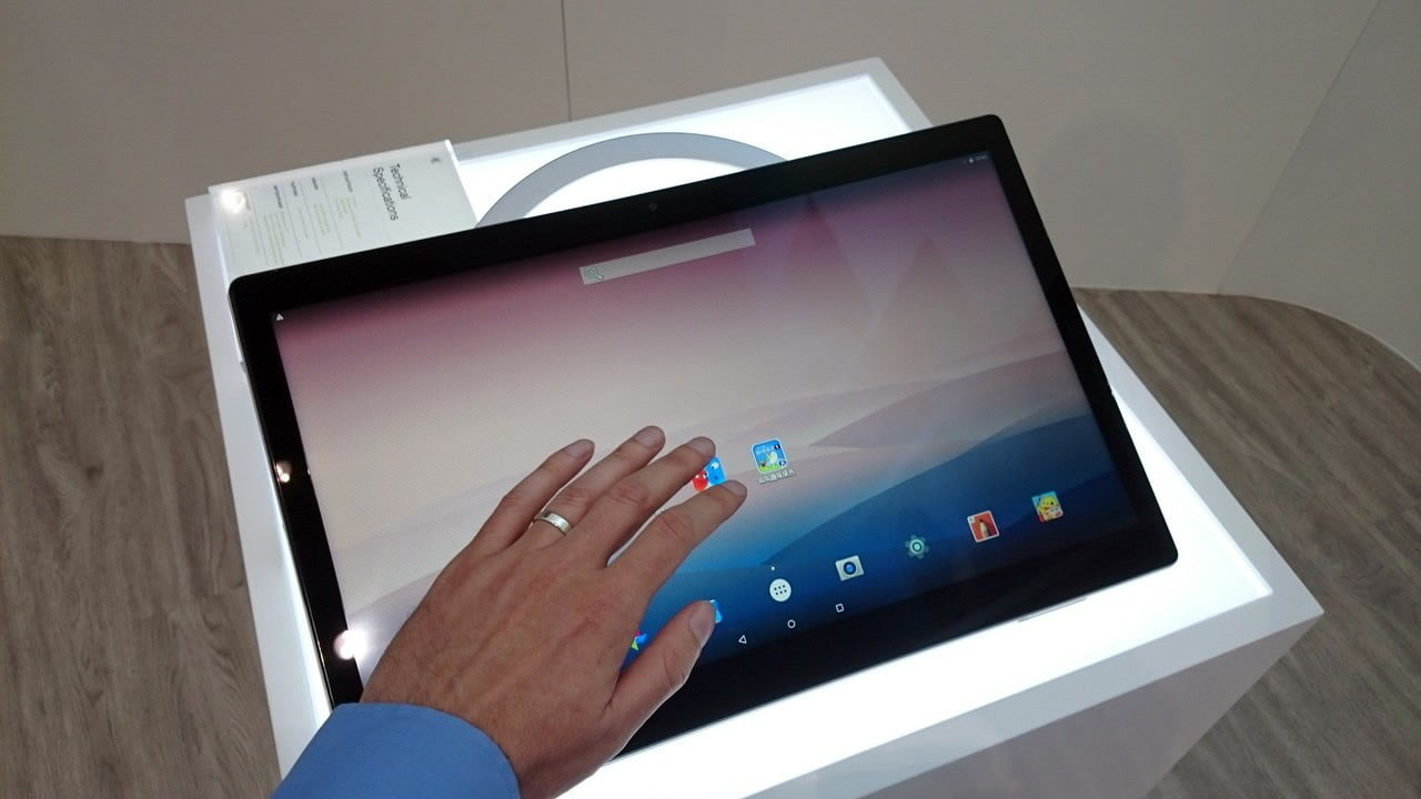 hands on alcatel onetouch xess 17 inch tablet