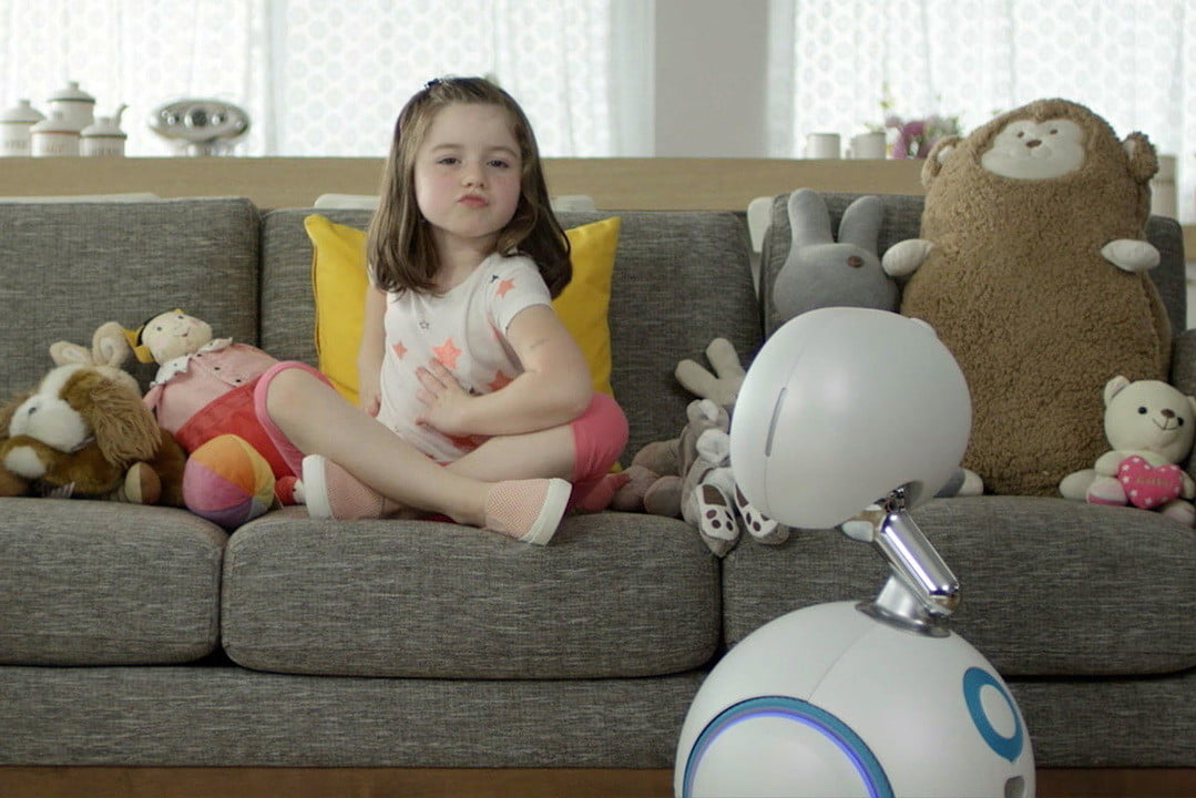 asus zenbo computex 2016 wheels out  a robot for your home