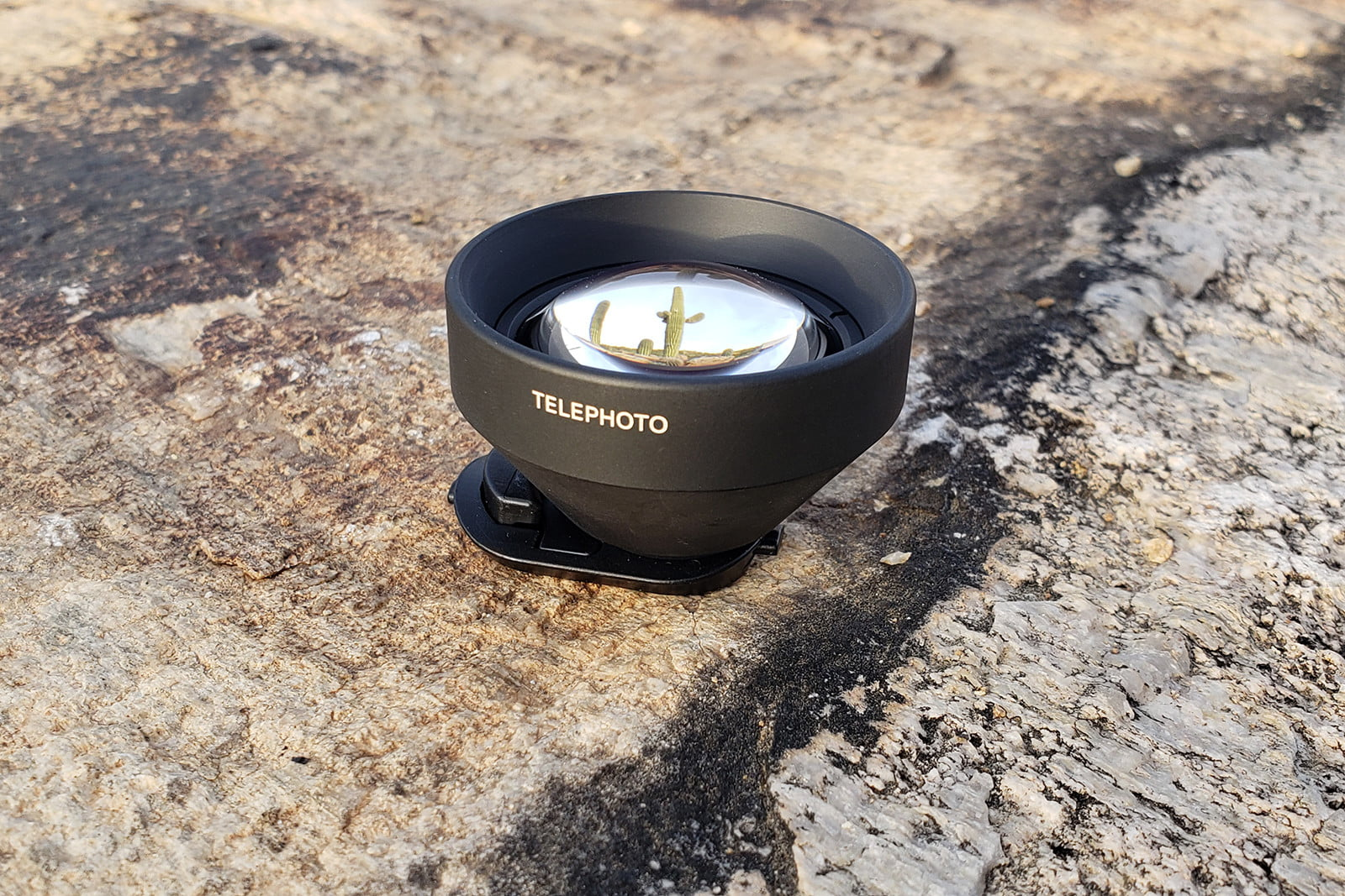 olloclip intro pro series launches telephoto featured