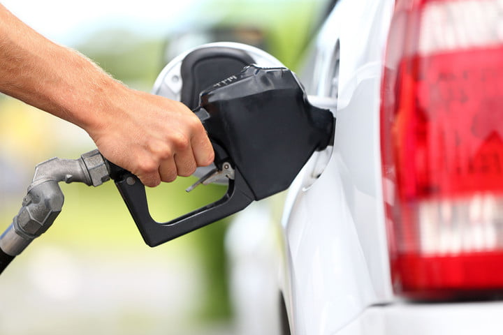 automakers lobby trump emissions rules pumping gas need premium 0001