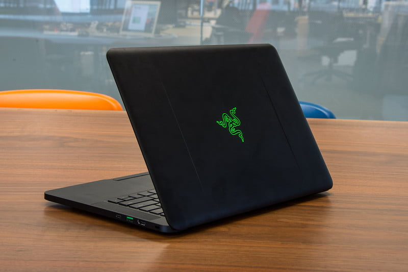 razer working on fix for excessive fan noise 2016 blade back angle 800x533 c