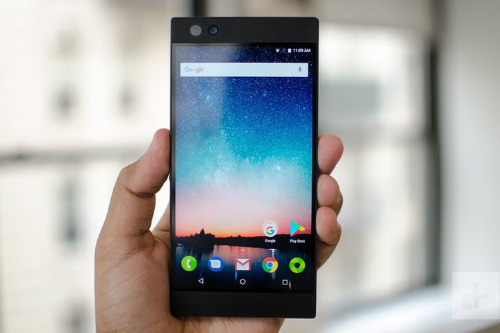 Razer Phone review home in hand