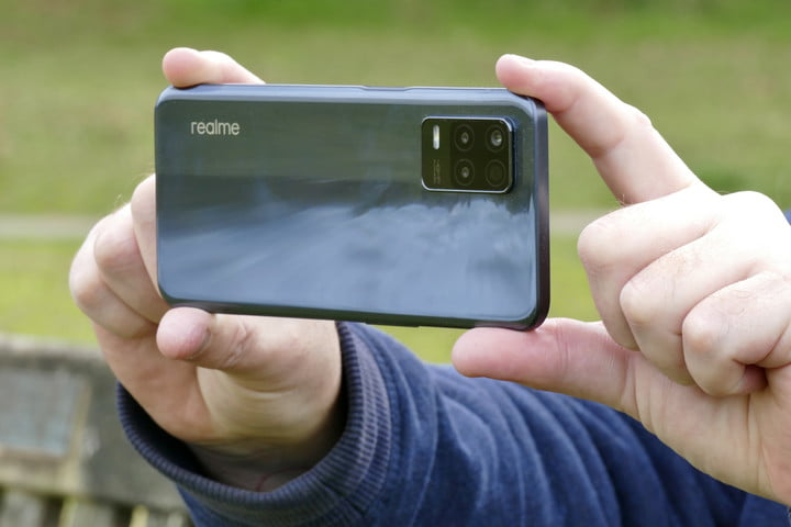 The Realme 8 5G Shows the Future of Cheap 5G Phones