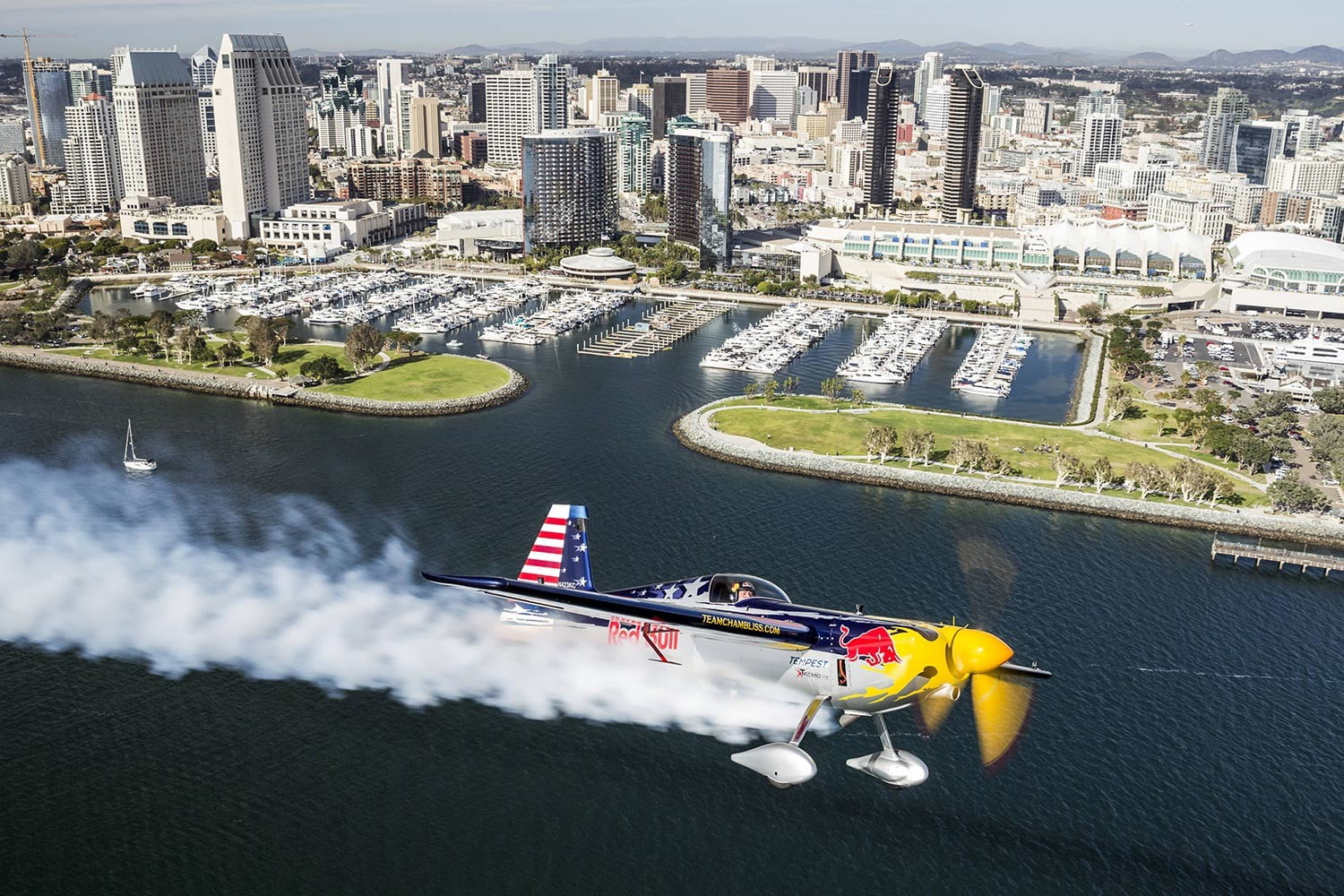 judging red bull air races with tech race san diego preview 1  chris tedesco redbull content pool