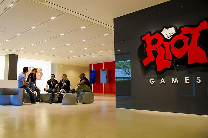 tencent wholly owns riot games league of legends