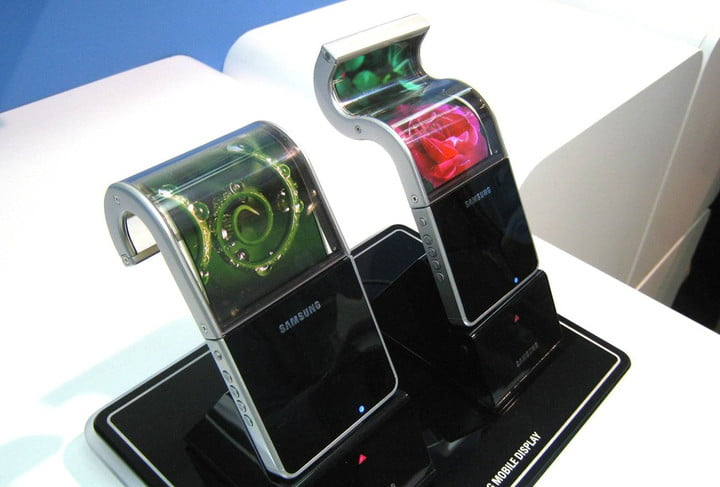 foldable smartphone screens possible in 2016 samsung flexible
