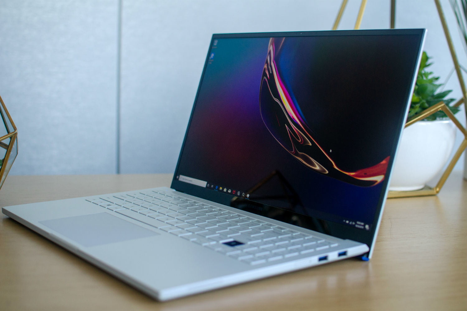 Samsung's Galaxy Book Ion Hands-on Review: Affordable Laptop, Great Display    Digital Trends