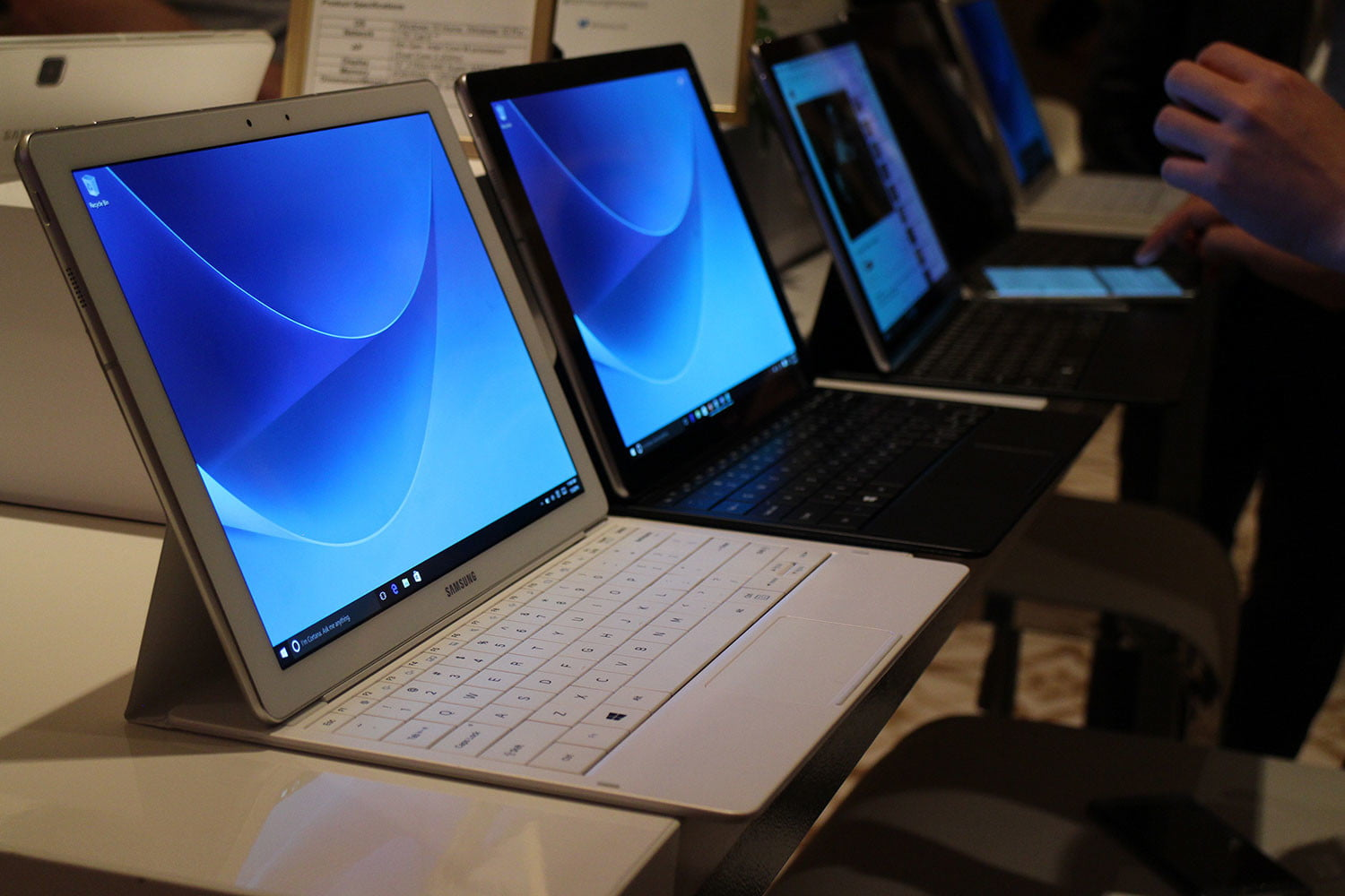 samsung tabpro s hands on ces 2016 galaxy 9787