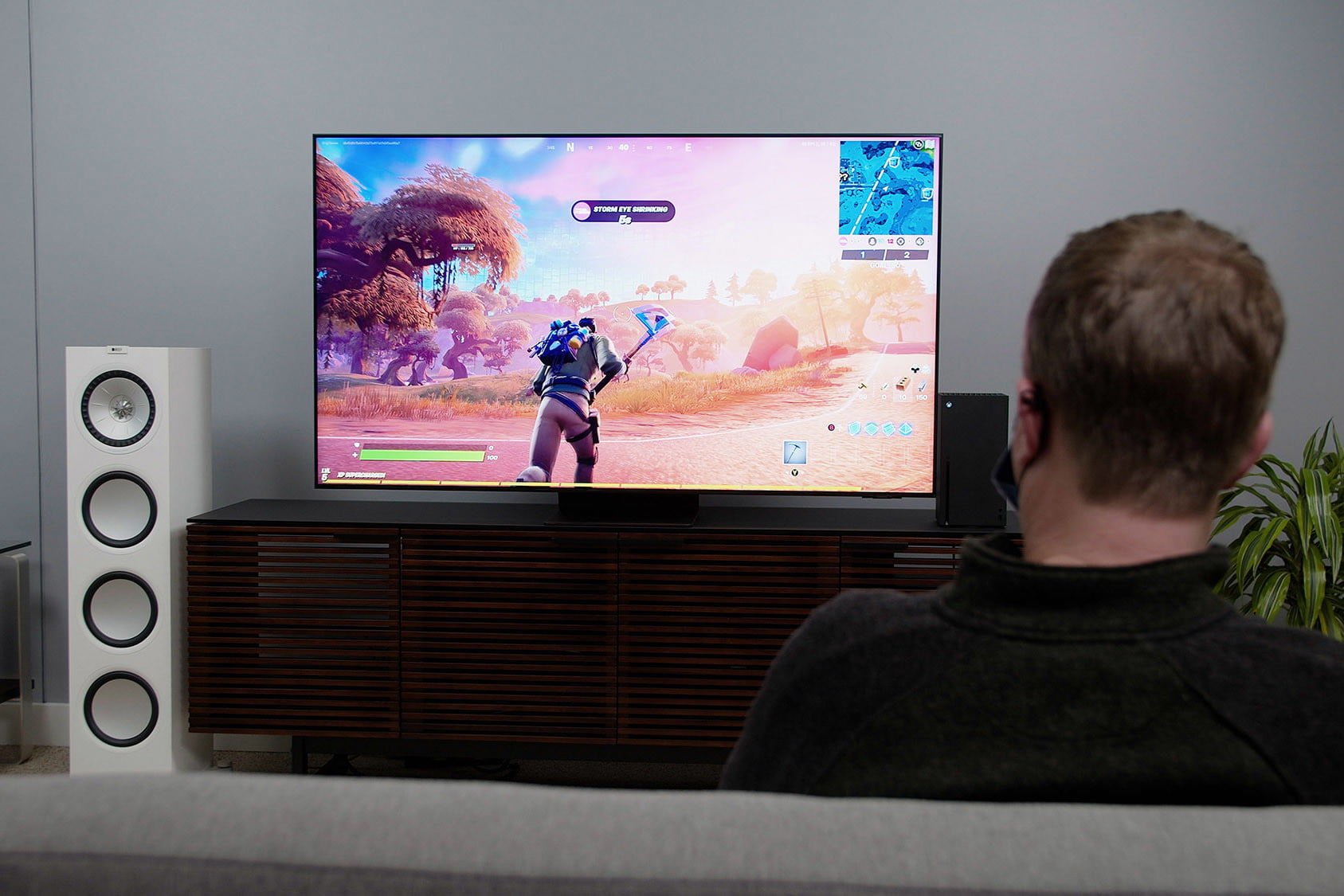fortnite on the Samsung QN90A TV