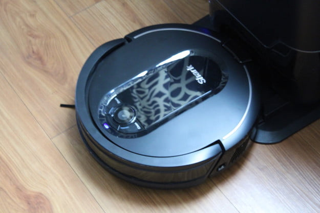 shark iq robot vacuum review 3