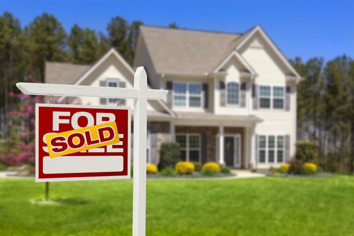 startup eliminate need for real estate agents home sale sold sign