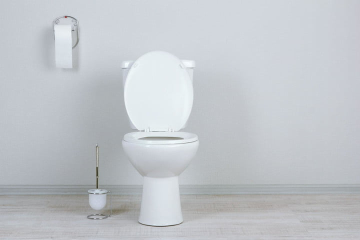 how to unclog a toilet version 1418303888 shutterstock 141762976