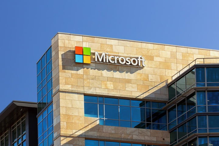 microsoft says it wont look in your emails chats videos voicemails shutterstock 175315118