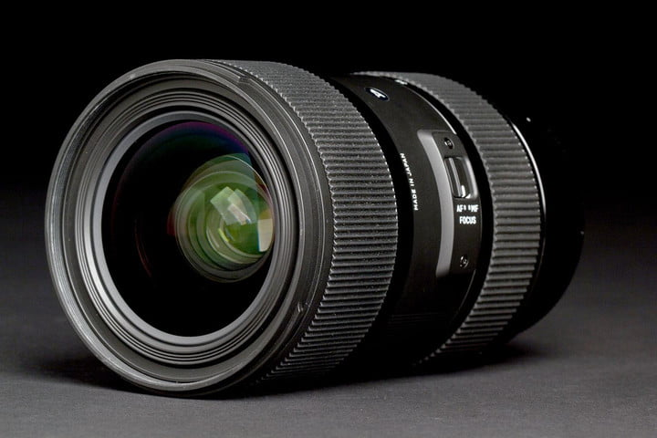 Sigma 18 35mm front angle