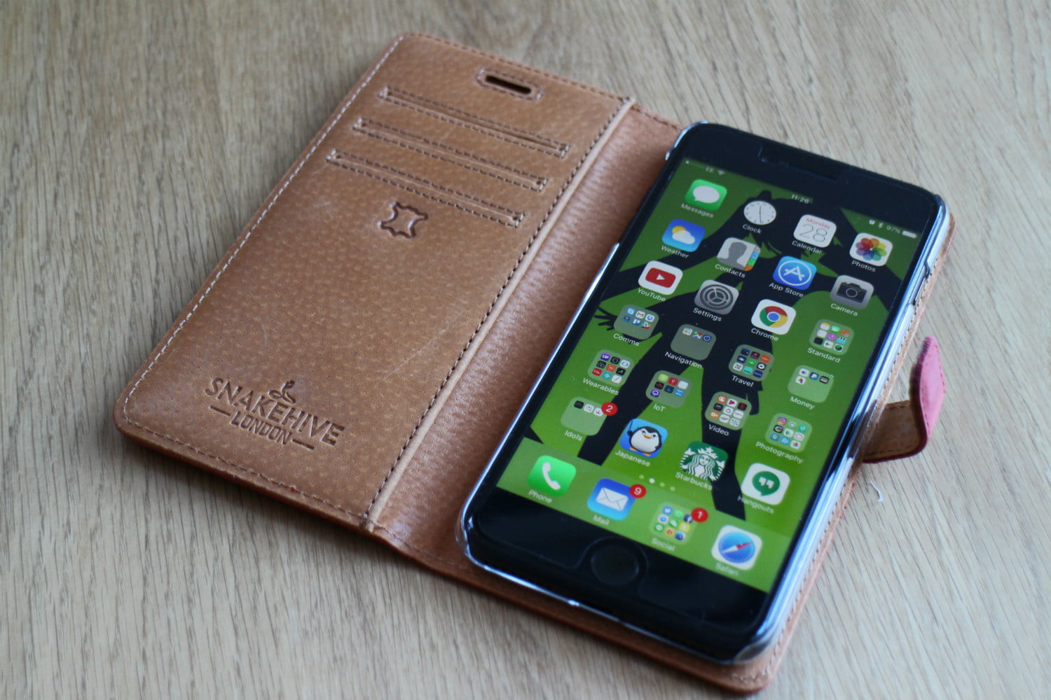 uk police mug suspect for iphone snakehive leather wallet 7 plus open