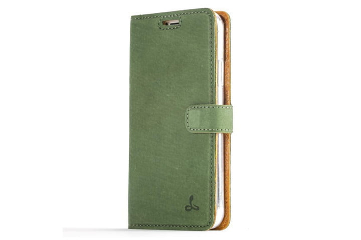 Photo shows the front view of an iPhone XS in a bottle green vintage leather wallet case from Snakehive