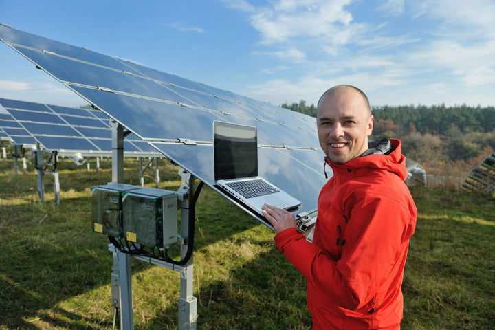 googles project sunroof expands to more states solar panels installation laptop technician calibration
