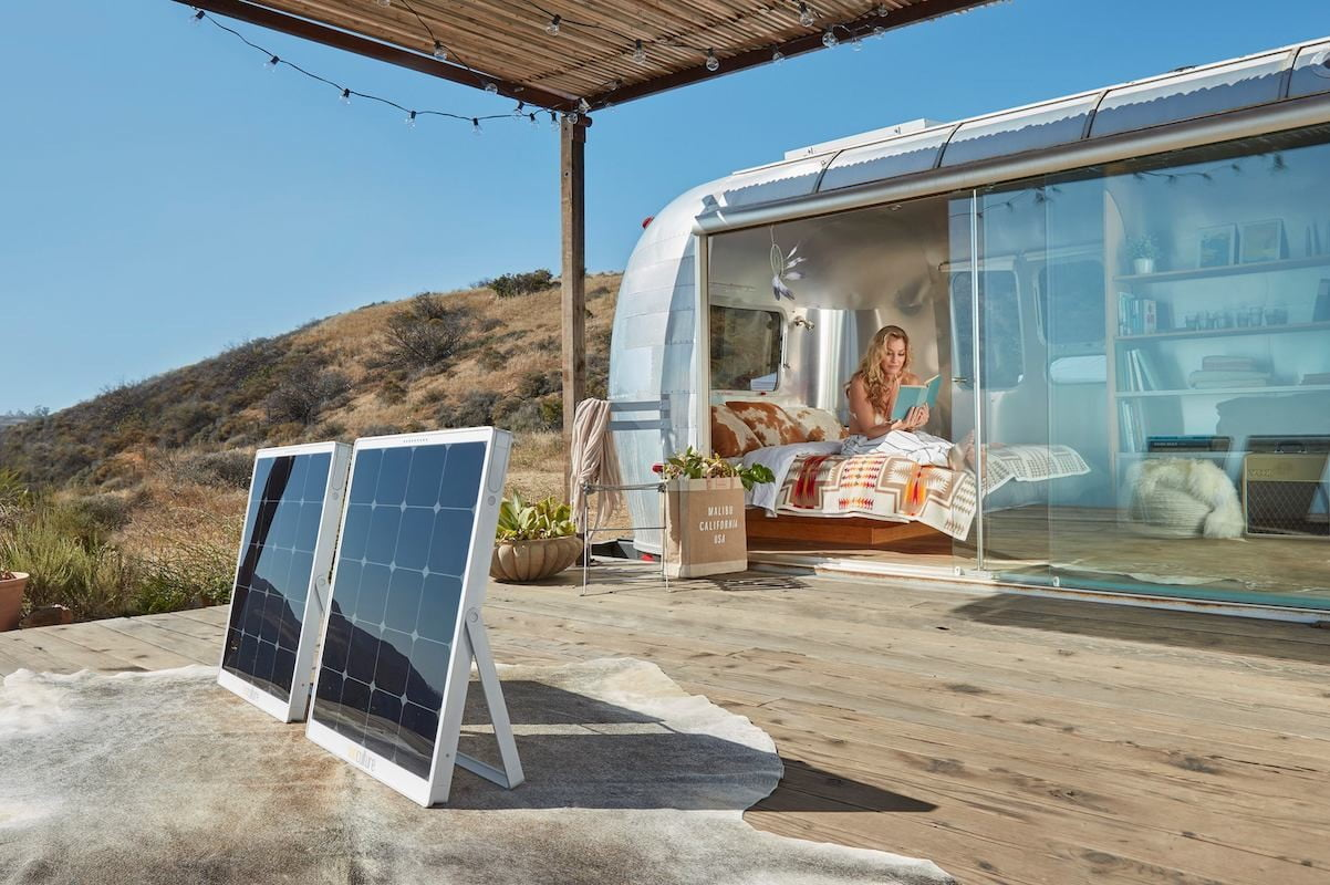 solpad mobile solar charger 1