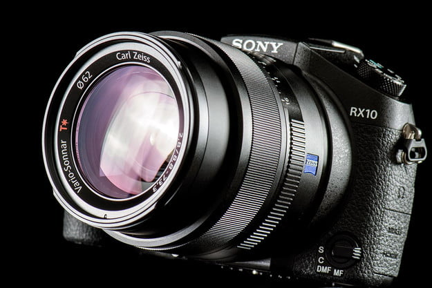Sony DSC-RX10 review front lens angle