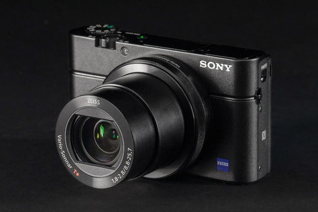 Sony Cybershot RX100 Mark III front angle lens extended