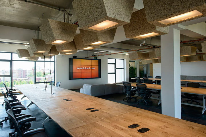 soundcloud launches paid subscription service new berlin office