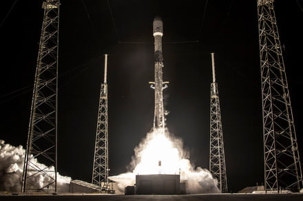 SpaceX sets record with the tenth flight of a Falcon 9 rocket