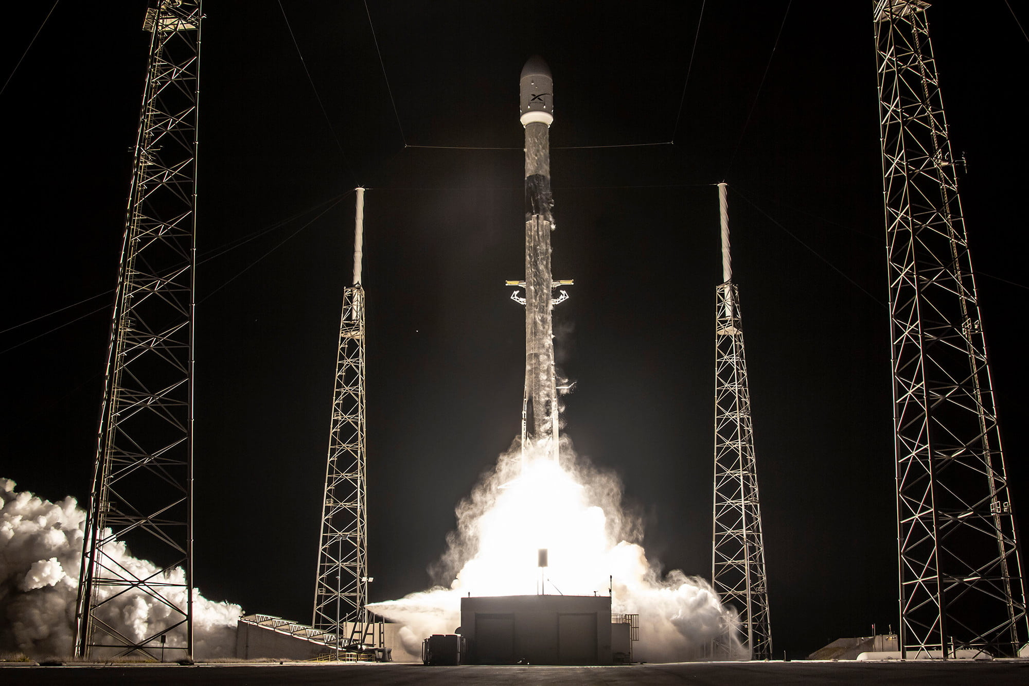 How to watch SpaceX launch Starlink satellites and two payloads tonight
