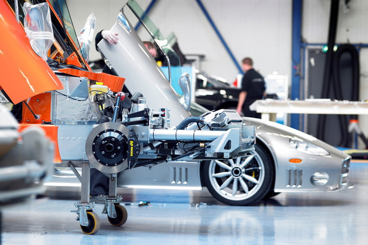 spyker c8 to be electric cars factory