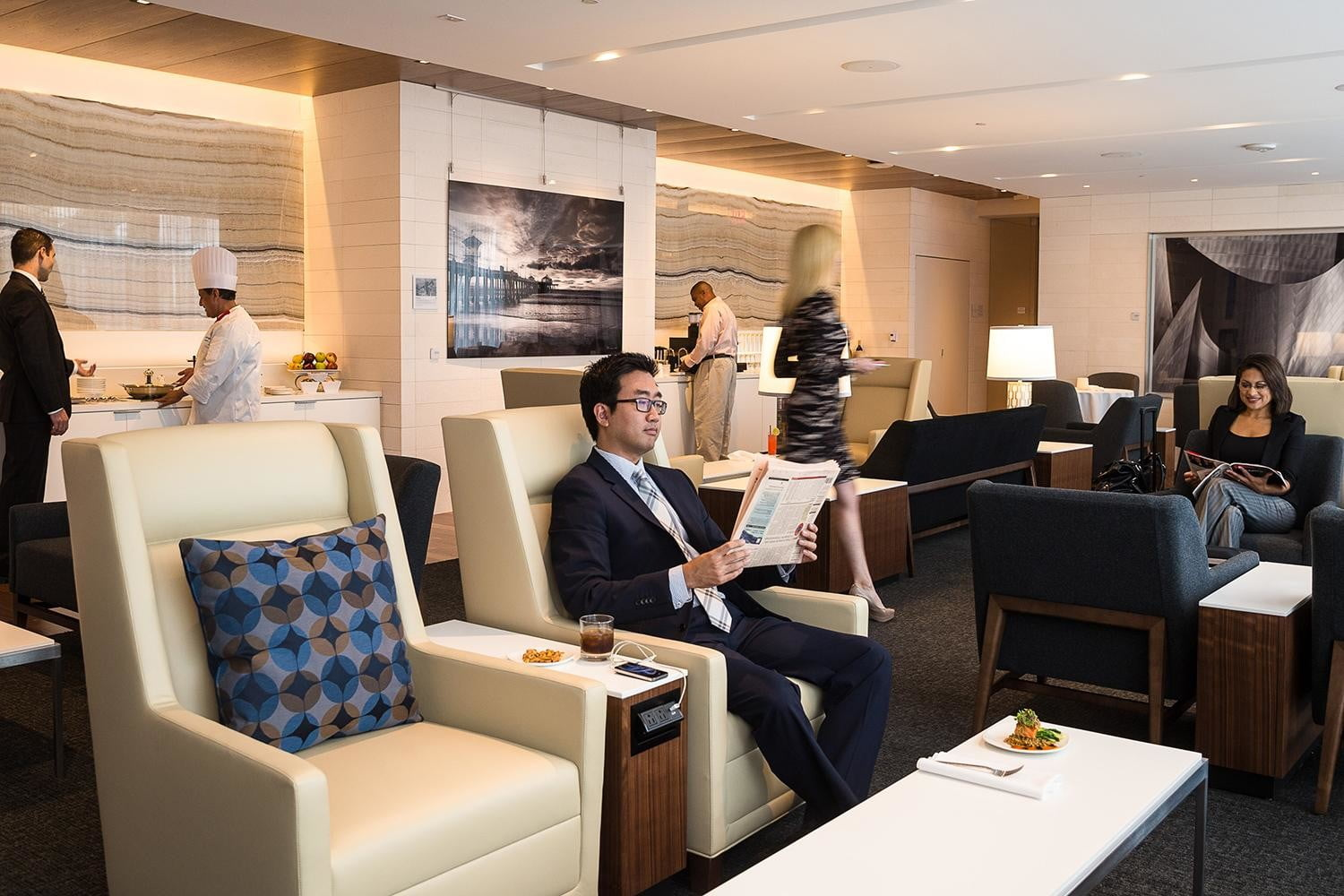 the worlds best airport lounges star alliance lounge lax