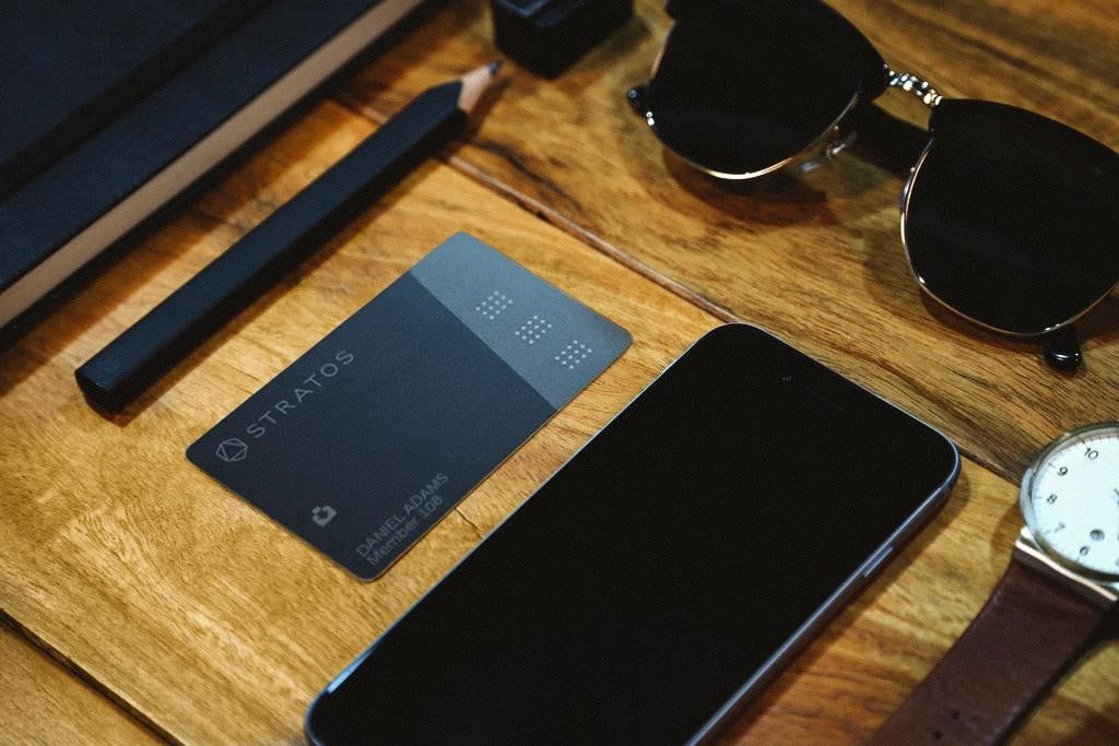 stratos smart credit card review lifestyle 2