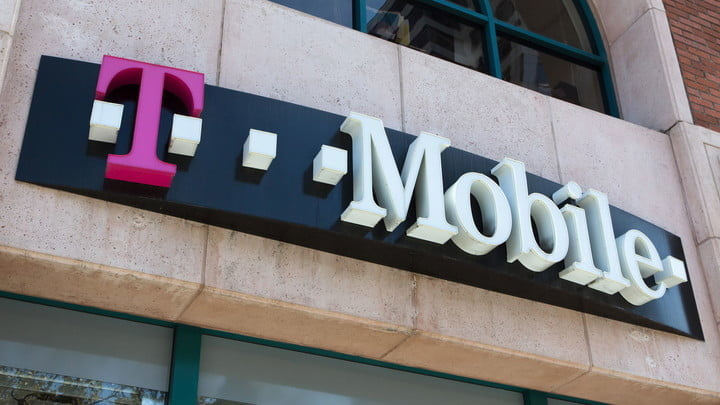 A T-Mobile storefront.