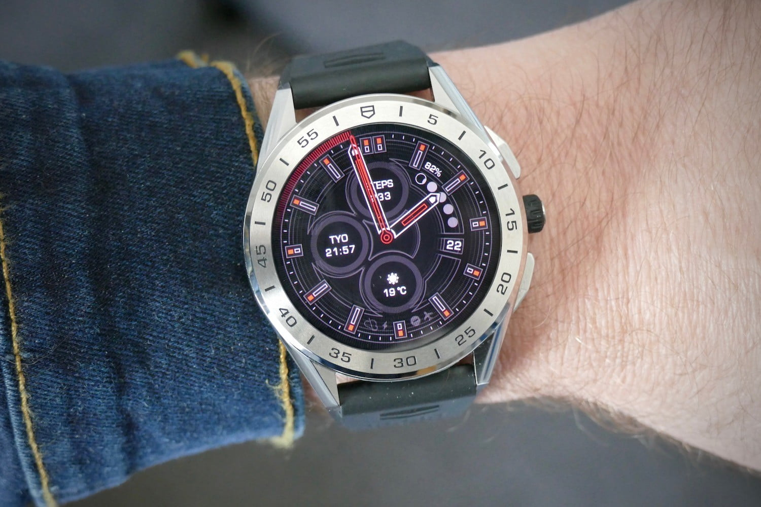 tag heuer connected 2020 smartwatch review 01c face