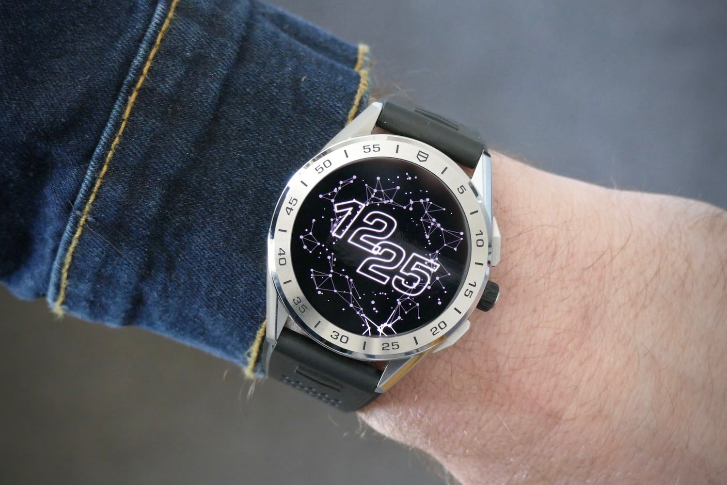 tag heuer connected 2020 smartwatch review orbital face