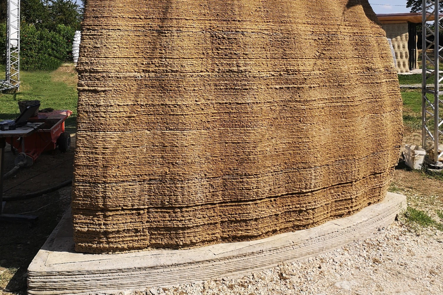 3d printed wasp nest house tecla earth wall section by crane img2