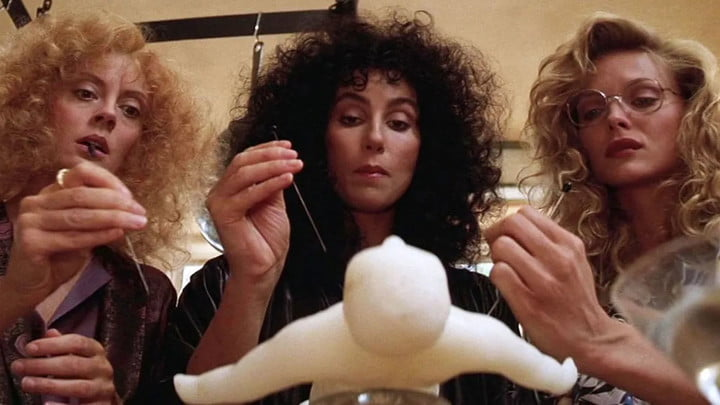 The cast of The Witches of Eastwick
