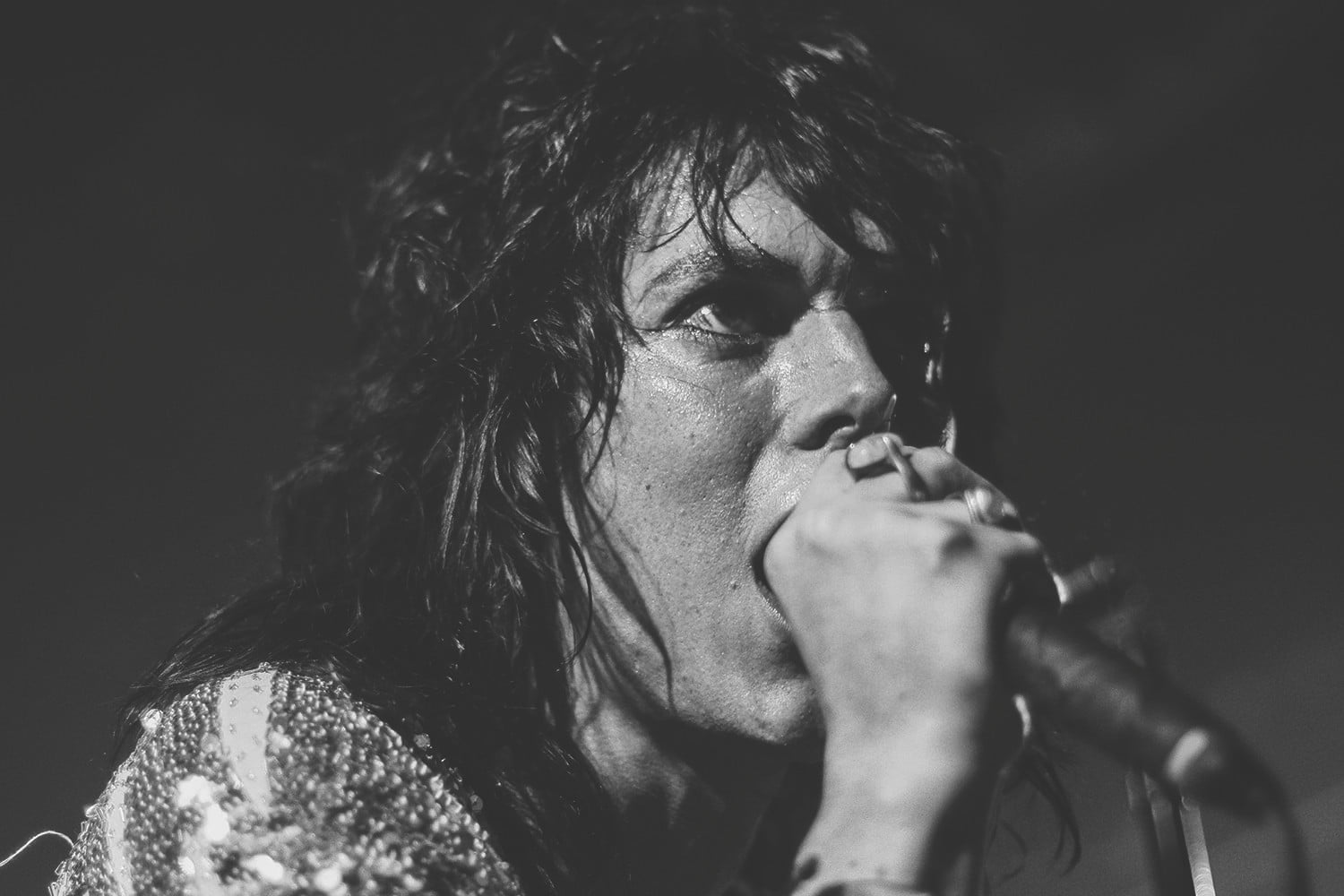 interview the struts embrace streaming thestruts fb 05