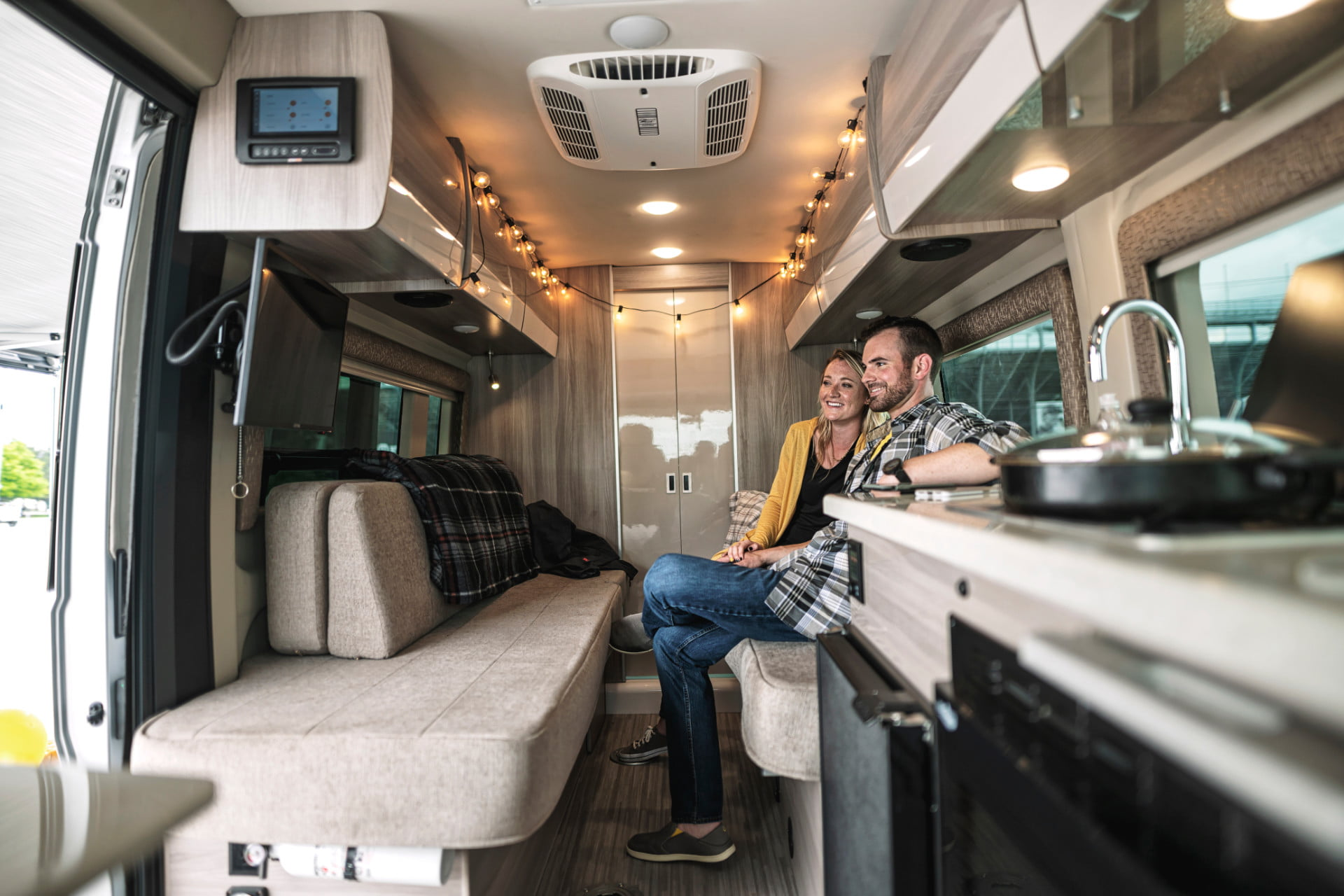 take your tech on the road with thor sequence smart class b rv motorcoach 2