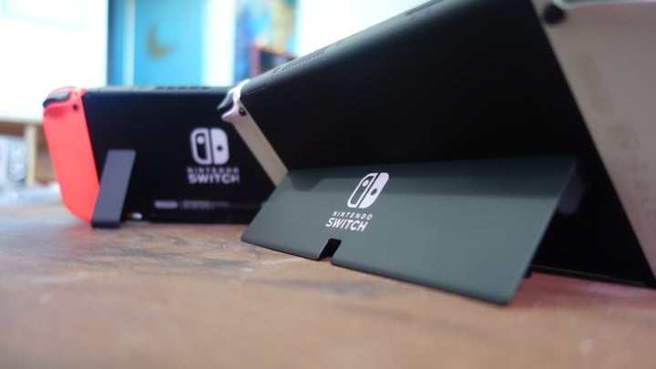 The stand of the Nintendo Switch OLED compared to the 2019 Switch model.